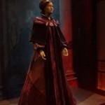 La reine Amidala, l'une des tenues dans laquelle le personnage est présenté tout au long de l'exposition, Stars Wars Identities, Cité du Cinéma, Copyright Ambrefield 2014